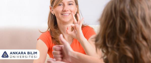 İşaret Dili Tercümanlığı Eğitimi