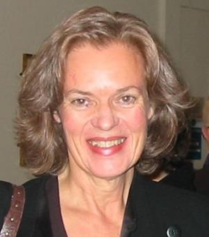 Dr Clare   Morgan
